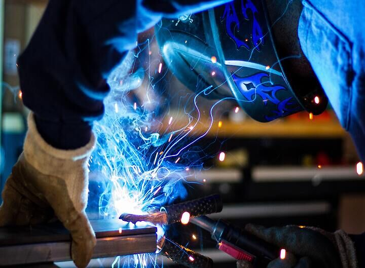 AI Is Revolutionizing the Manufacturing Industry